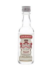 Smirnoff Red Label Vodka Bottles 1970s - International Distillers & Vinteners Ltd. 5cl / 37.5%