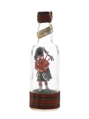 Frae Scotland Highland Piper Man