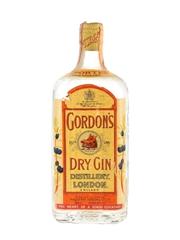 Gordon's Dry Gin Spring Cap Bottled 1960s - Wax & Vitale 75cl / 43%