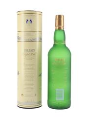 Wallace Single Malt Liqueur Bottled 1990s 70cl / 35%