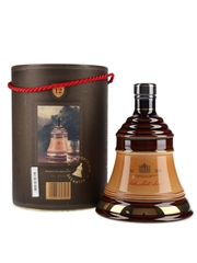 Bell's 12 Year Old Ceramic Decanter Bottled 1980s 75cl / 43%