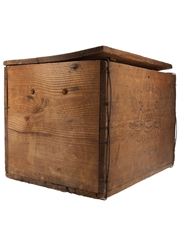 Johnnie Walker Kilmarnock Whisky Wooden Crate  29cm x 30cm x 39cm