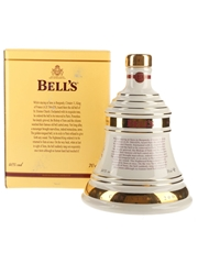 Bell's Christmas 2005 Ceramic Decanter Silent Protest 70cl / 40%