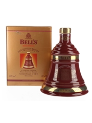 Bell's Christmas 1999 Ceramic Decanter 8 Year Old 70cl / 40%