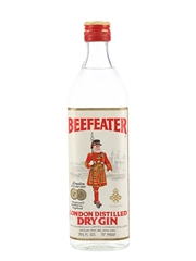 Beefeater London Distilled Dry Gin Bottled 1960s 75.7cl / 40%
