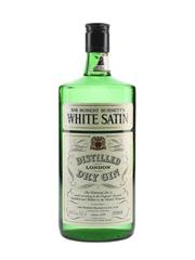 Sir Robert Burnett's White Satin Gin Bottled 1970s-1980s 75.7cl / 40%