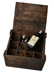 Gordon's Special Dry London Gin Spring Cap Bottled 1950s - Original Wooden Crate 2 x 75cl / 40%