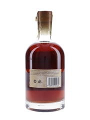 English Harbour Rum 1981 25 Year Old - The Antigua Distillery Ltd. 70cl / 40%