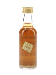 Golden Cap Old Scotch Whisky Bottled 1970s-1980s 5cl / 40%