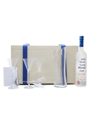 Grey Goose Martini Gift Set Bottle No. 9 Of 10 Iain R Webb 70cl / 40%