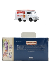 Beefeater Dry Gin Morris LD Van Lledo Collectibles - The Bygone Days Of Road Transport 8.5cm x 4.5cm x 3.5cm