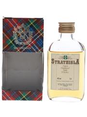 Strathisla 8 Year Old Bottled 1980s - Gordon & MacPhail 5cl / 40%