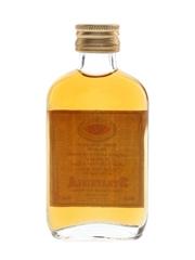 Strathisla Royal Wedding 1948 & 1961 Bottled 1981 - Gordon & MacPhail 5cl / 40%