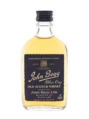 John Begg Blue Cap Bottled 1970s 5cl / 40%