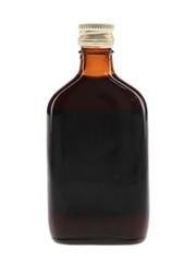 Skipper Finest Old Demerara Rum Bottled 1960s - Low, Robertson & Co. Ltd. 5cl / 40%