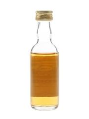 Glenugie 1966 Connoisseurs Choice Bottled 1980s - Gordon & MacPhail 5cl / 40%