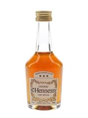 Hennessy 3 Star VS Bottled 1970s-1980s 3cl / 40%