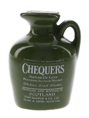 Chequers Superb De Luxe Ceramic Decanter Bottled 1970s 5cl / 40%