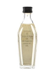 Bacardi Bezique Bottled 1980s - Hedges & Butler 5cl / 24%