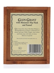 Glen Grant 5 Year Old, Hip Flask & Funnel Vintage Marque 5cl / 40%