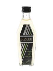 Bacardi Bezique Bottled 1980s - Hedges & Butler 5cl / 24%