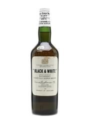 Black & White Spring Cap Bottled 1960s 75cl / 43%