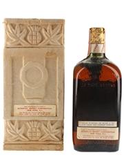 Dewar's Victoria Vat Spring Cap Bottled 1950s - Schenley Import Corporation 75.7cl / 43.4%