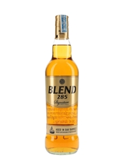 Signature Blend 285 Red Bull Distillery 70cl / 35%