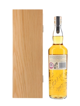 Glen Scotia 25 Year Old Bottled 2017 - Signed Bottle 70cl / 48.8%
