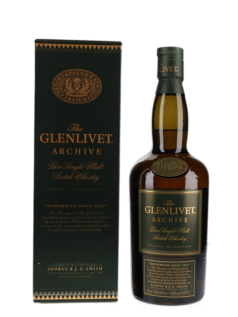Glenlivet Archive Old Presentation 70cl / 43%