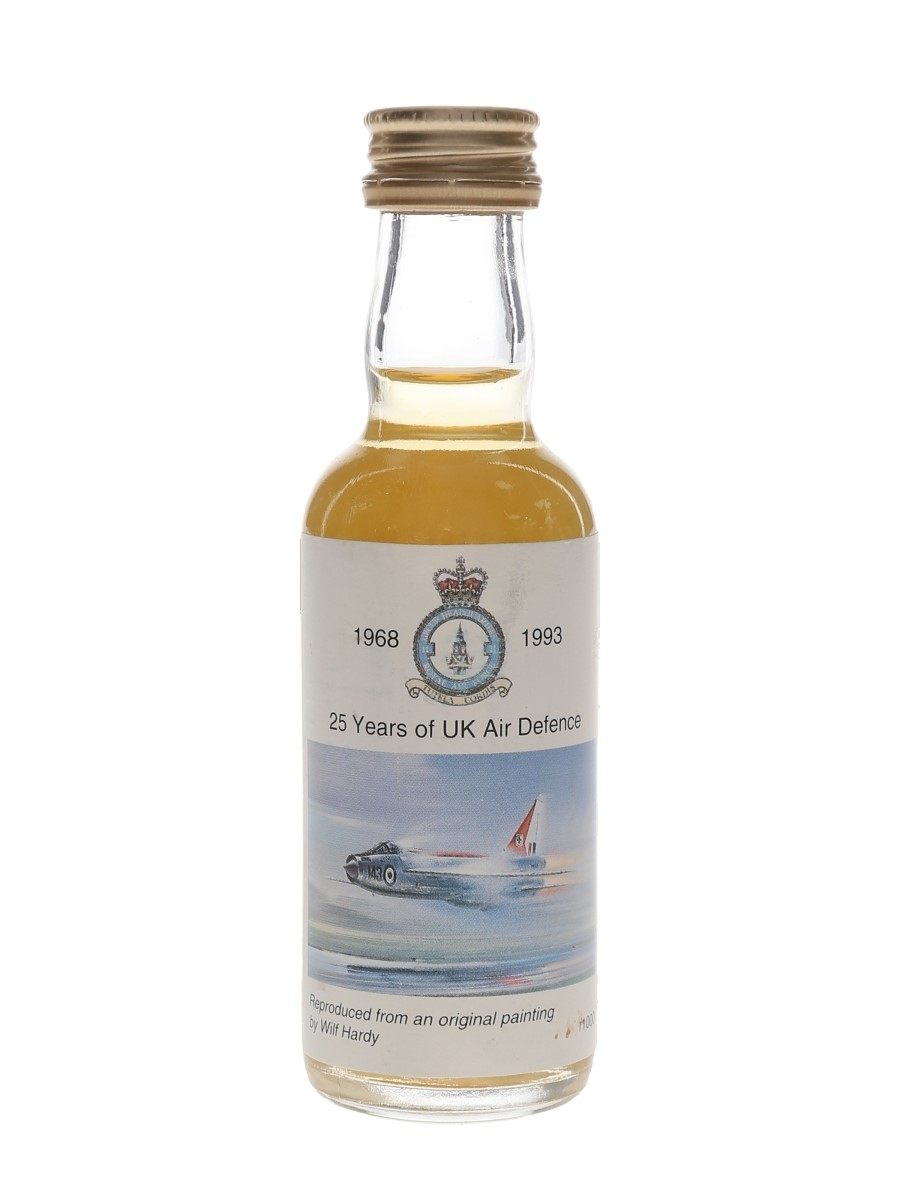 Auchentoshan Bottled 1993 - 25 Years Of UK Air Defence 5cl / 40%