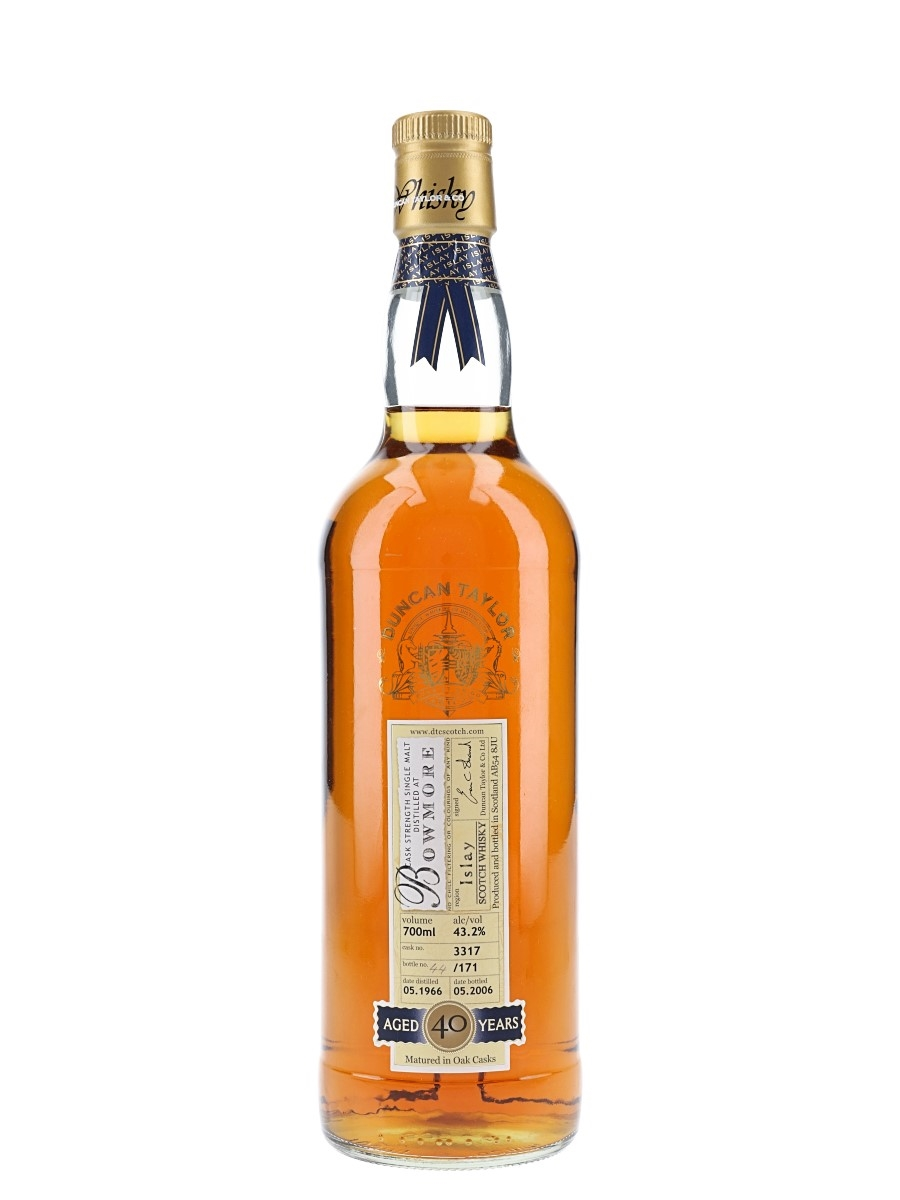 Bowmore 1966 40 Year Old Cask 3317 Bottled 2006 - Duncan Taylor 70cl / 43.2%