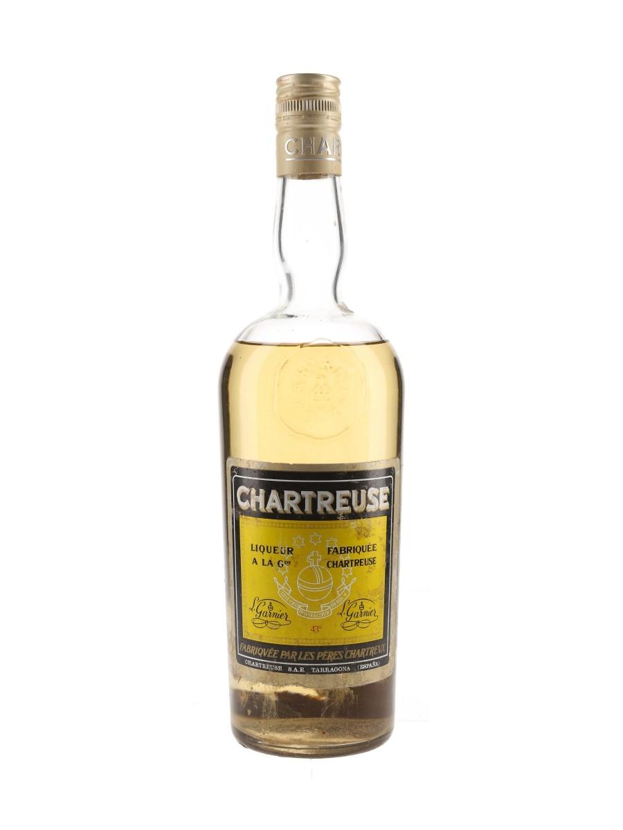 Chartreuse Yellow Bottled 1966-1973 - Tarragona 75cl / 43%