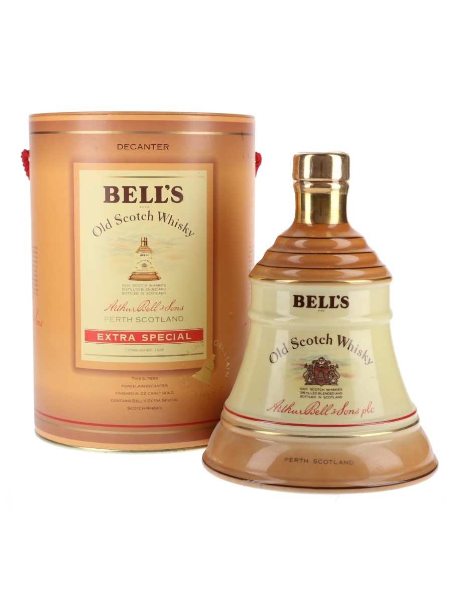 Bell's Extra Special Ceramic Decanter Bottled 1980s 75cl / 43%