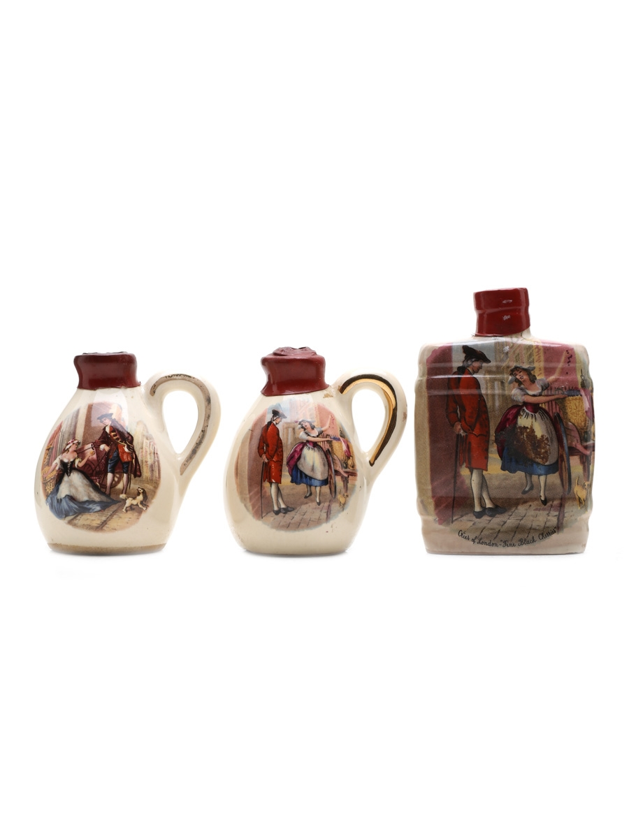 Orlando Cherry Brandy Ceramics Bottled 1960s-1970s 3 x 5cl / 24%