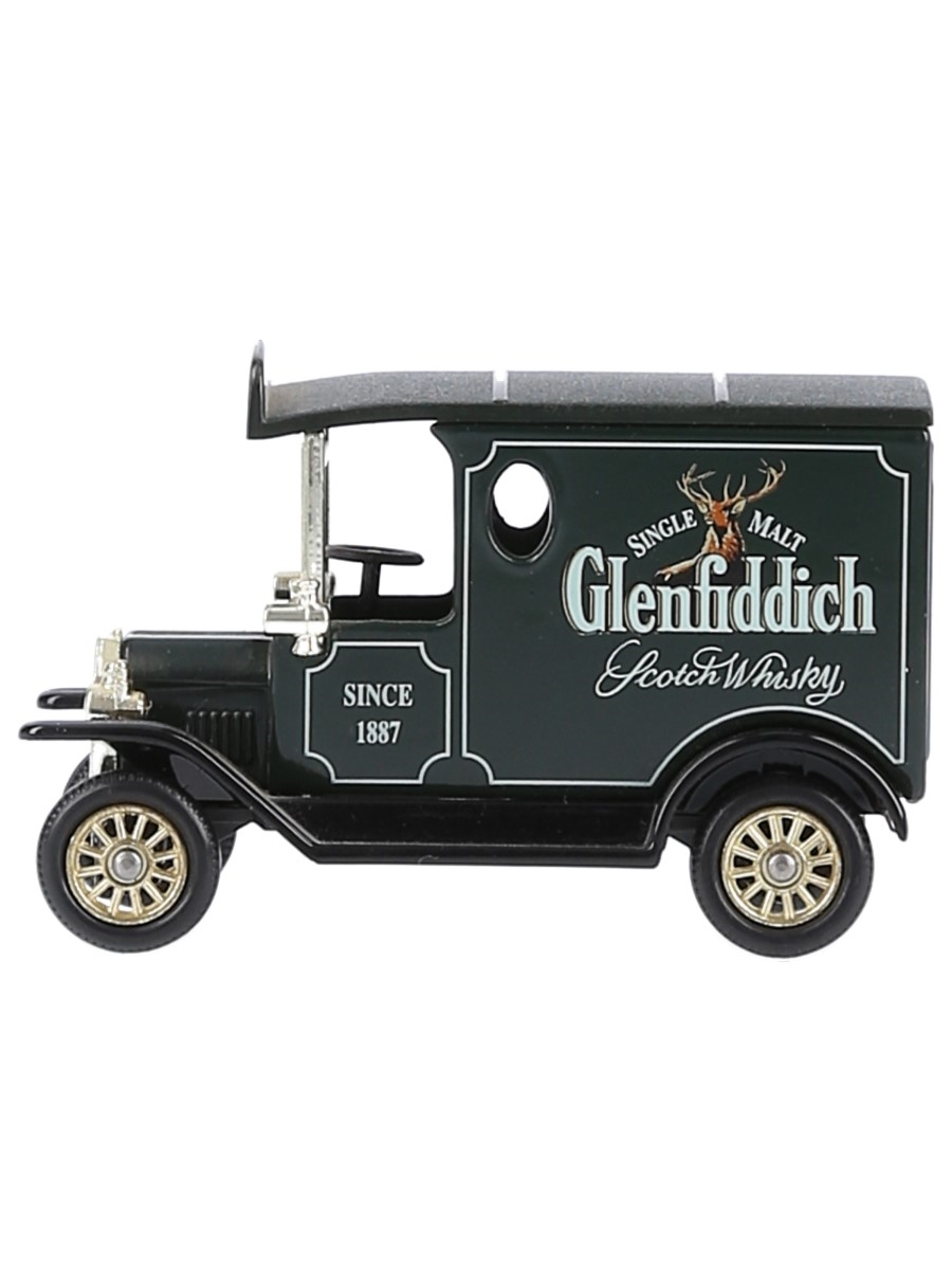 Glenfiddich Van  6.5cm x 4cm
