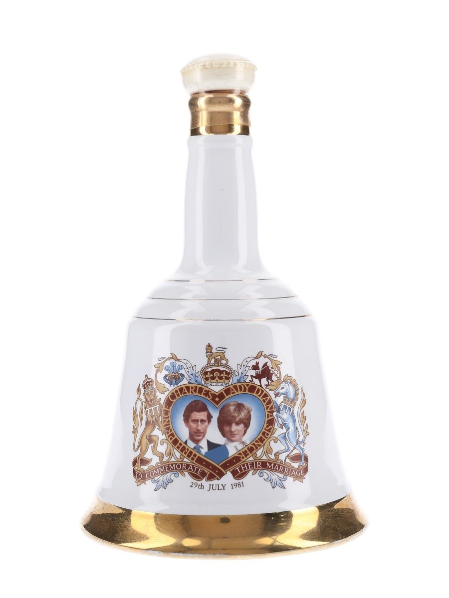 Bell's Ceramic Decanter Royal Wedding 1981 - Charles & Diana 75cl / 40%