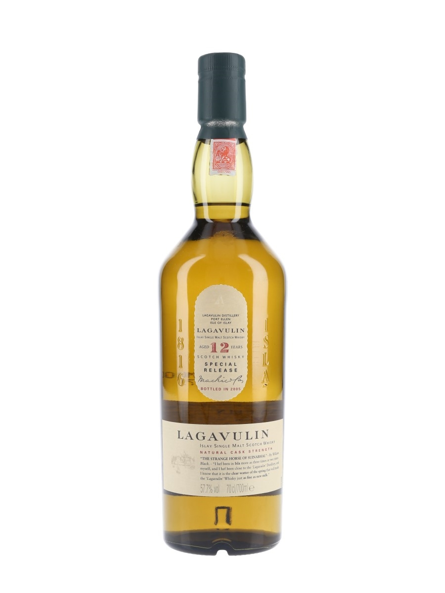 Lagavulin 12 Year Old Natural Cask Strength Special Releases 2005 70cl / 57.7%