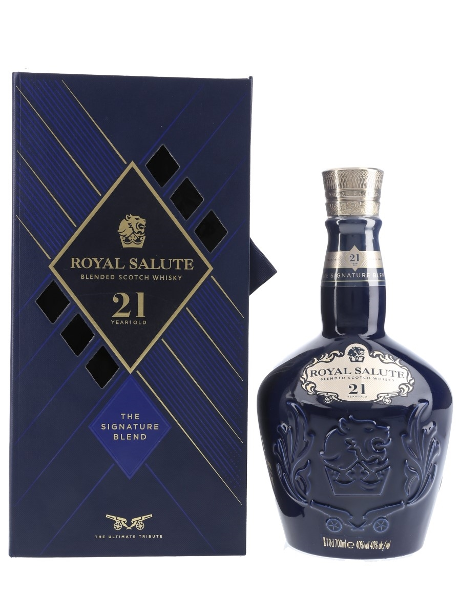 Royal Salute 21 Year Old The Signature Blend Bottled 2019 - Wade Porcelain Flagon 70cl / 40%