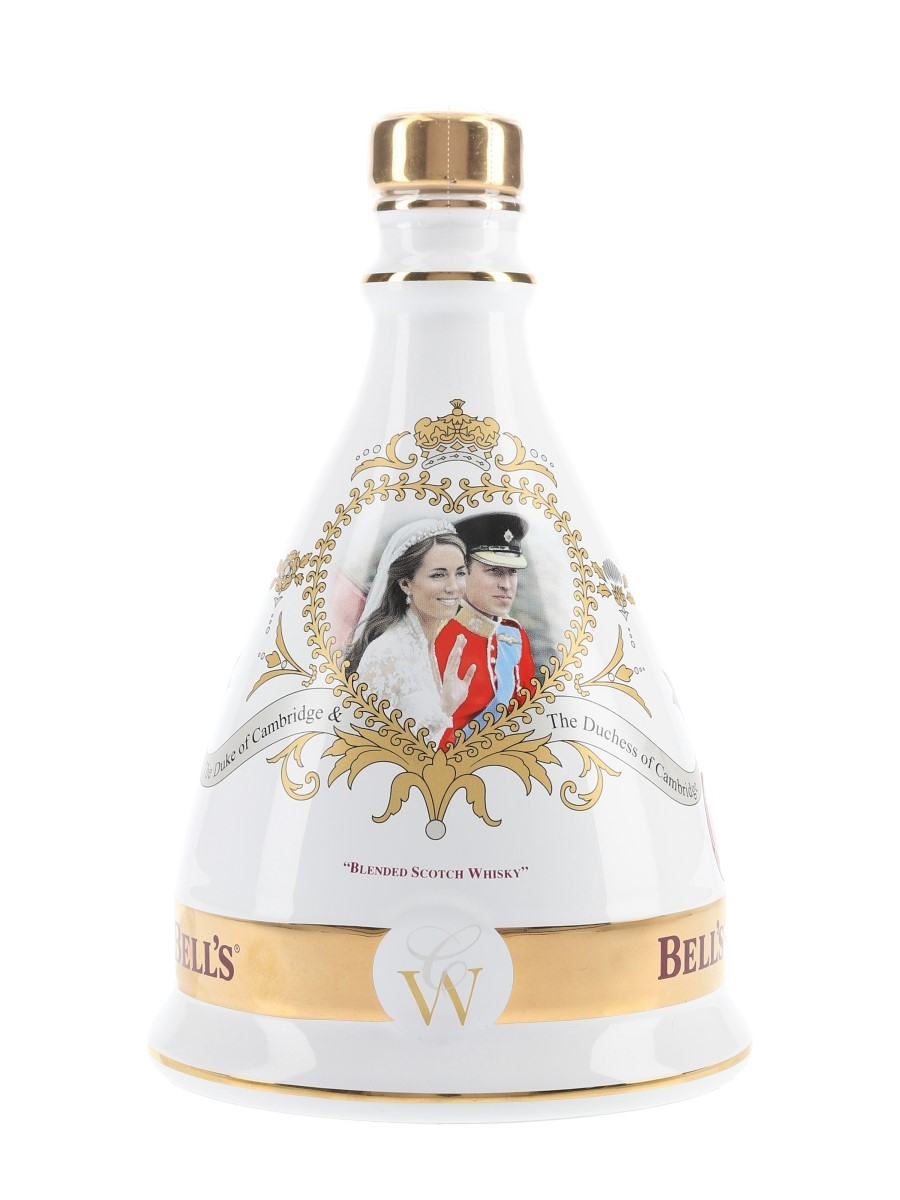 Bell's Ceramic Decanter Royal Wedding 2011 - William & Katherine 70cl / 40%
