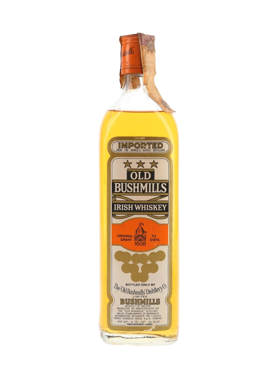 Old Bushmills 3 Star White Label Bottled 1970s - Pedro Domecq 75cl / 43%