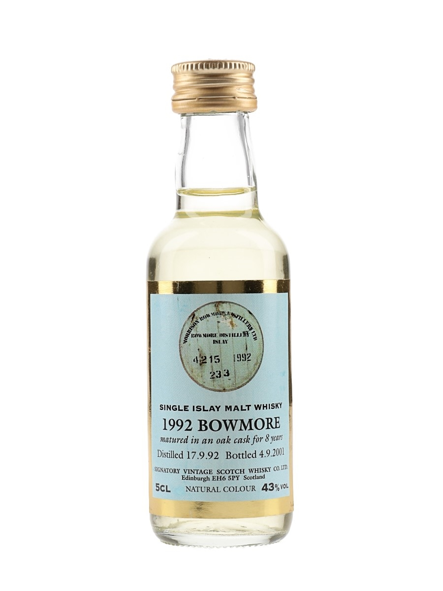 Bowmore 1992 8 Year Old Bottled 2001 - Signatory Vintage 5cl / 43%