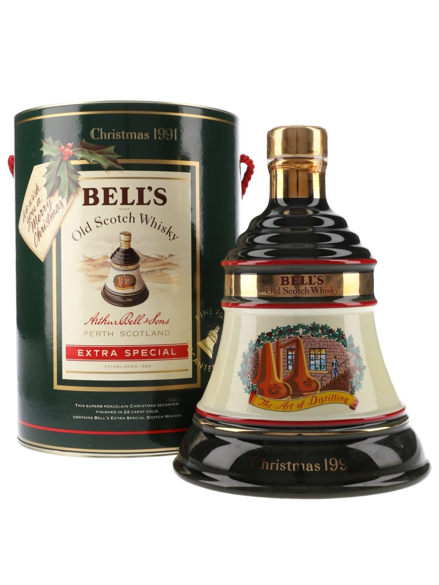 Bell's Christmas 1991 Ceramic Decanter The Art Of Distilling 70cl / 40%