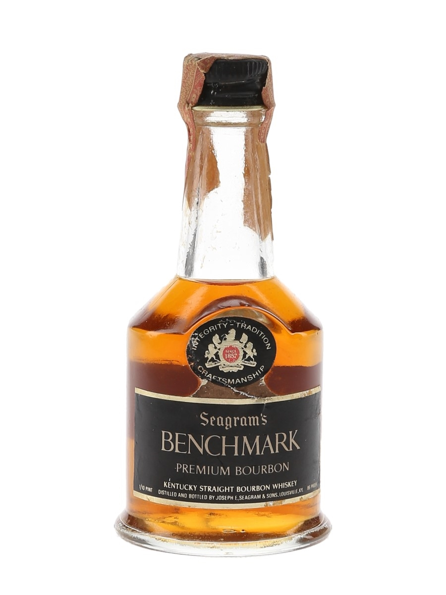 Seagram's Benchmark 6 Year Old Bottled 1970s 4.7cl / 43%