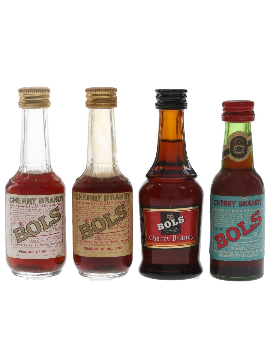 Bols Cherry Brandy Bottled 1970s-1990s 4 x 3cl-4cl / 24%