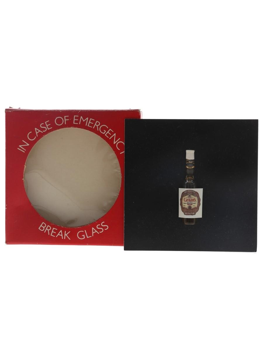 Grant's Whisky Novelty Miniature The World's Smallest Bottles Of Whisky <1cl / 40%