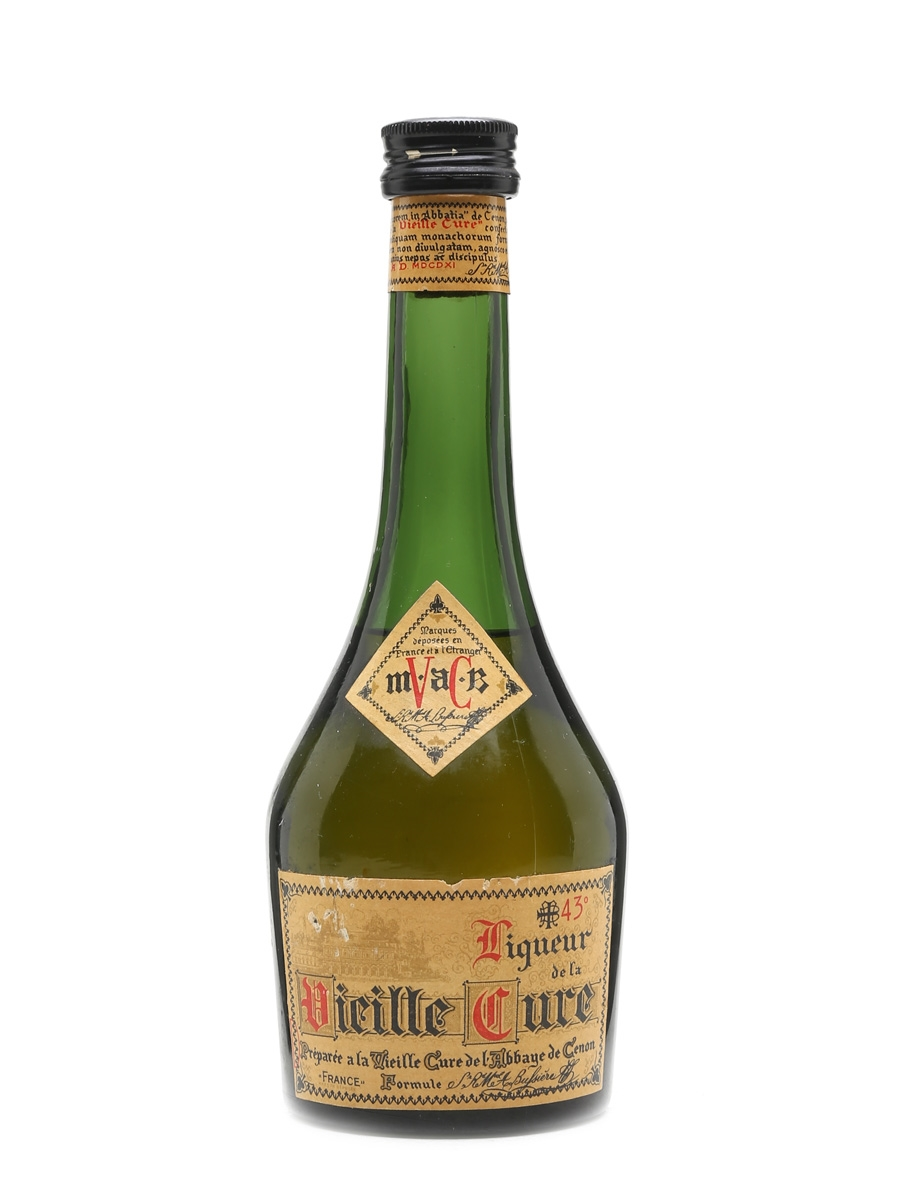 Liqueur De La Vieille Cure Bottled 1960s 35cl
