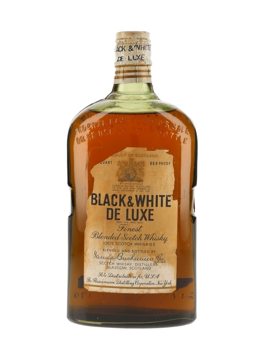 Buchanan's Black & White De Luxe Spring Cap Bottled 1950s - The Fleischmann Distilling Corporation 75.7cl / 43.4%