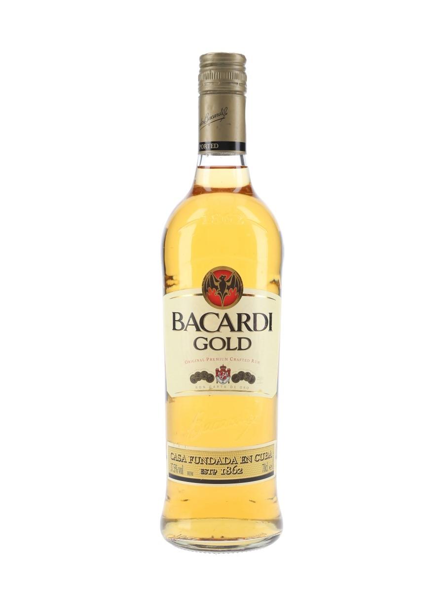 Bacardi Carta Oro Gold Rum  70cl / 37.5%